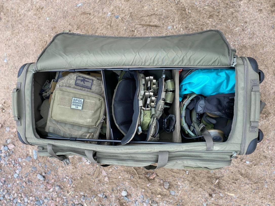 CAMS_511Finland_keikkalaukku_yläkerta